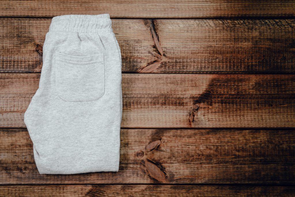 Periode: Neue Jogginghose soll gegen Schmerzen helfen