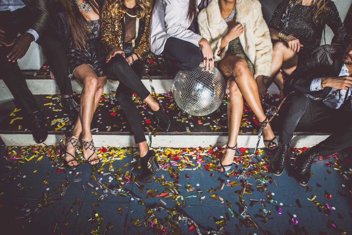 Diese 3 Sternzeichen veranstalten die wildesten Partys
