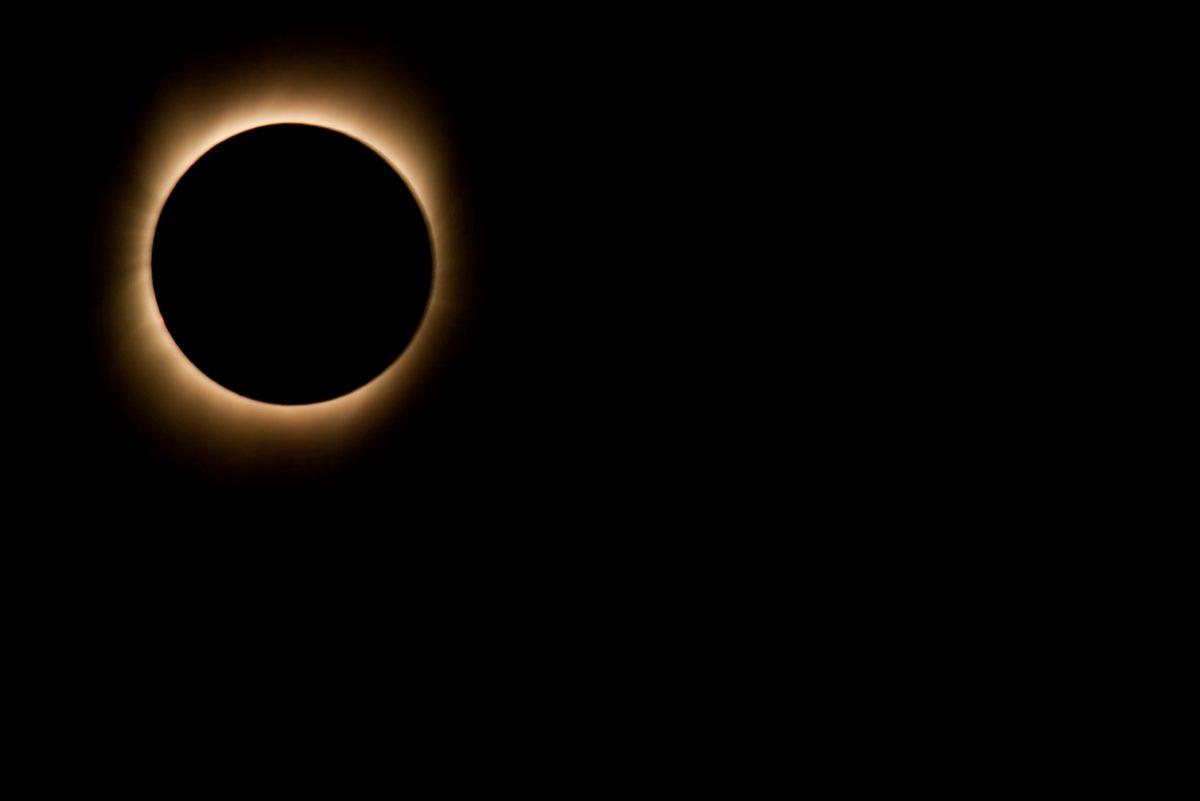 Ringförmige Sonnenfinsternis in Asien