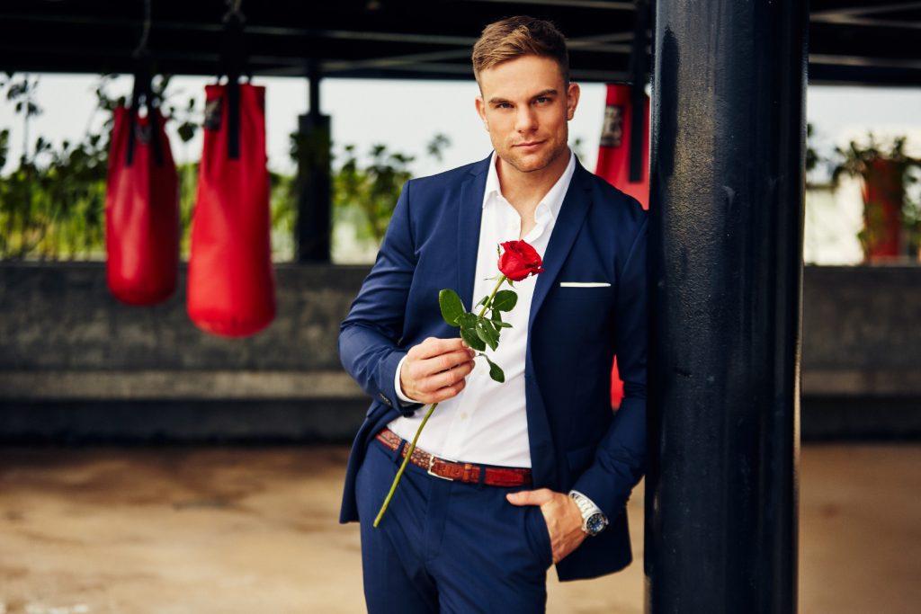 Zwillinge kämpfen um Herz von neuem RTL-Bachelor Sebastian Preuss