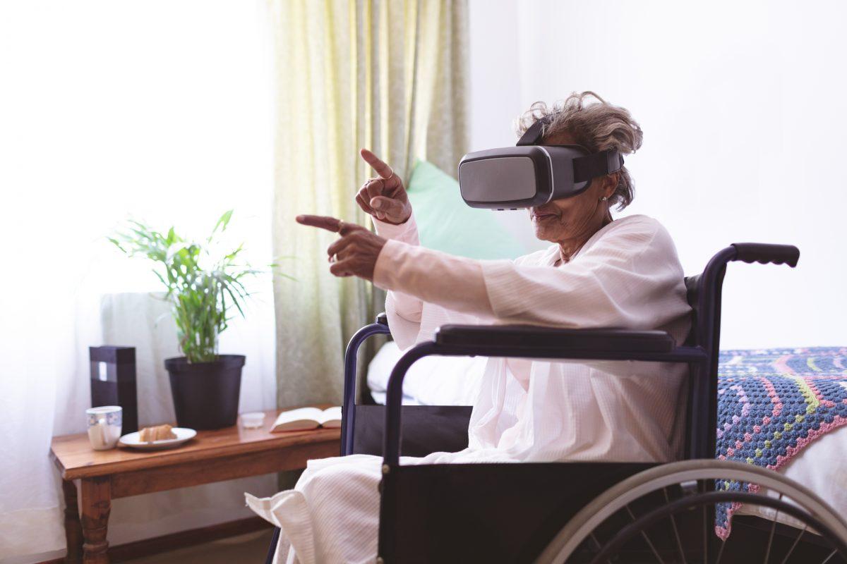 Start-Up entwickelt Schlaganfall-Therapie mithilfe von VR-Brillen