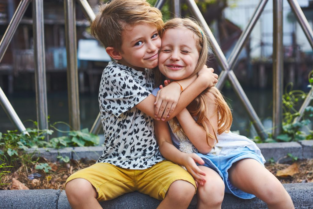 Studie: Ältere Geschwister sind schlauer als Jüngere