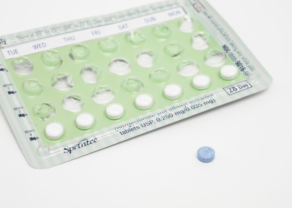 Können wir die Anti-Baby Pille bald nur noch einmal im Monat nehmen?