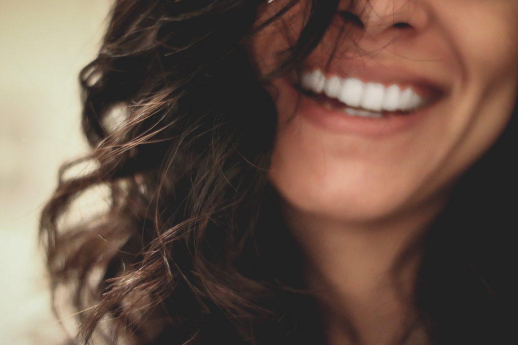 Studie: Humor soll Beziehungen stabilisieren