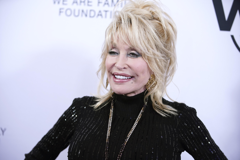 Dolly Parton startet witzige Meme Challenge
