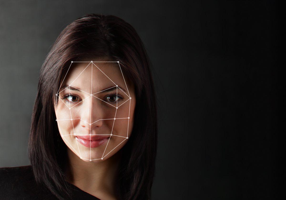Gesichtskennungsapp scannt Gesichter für Polizei