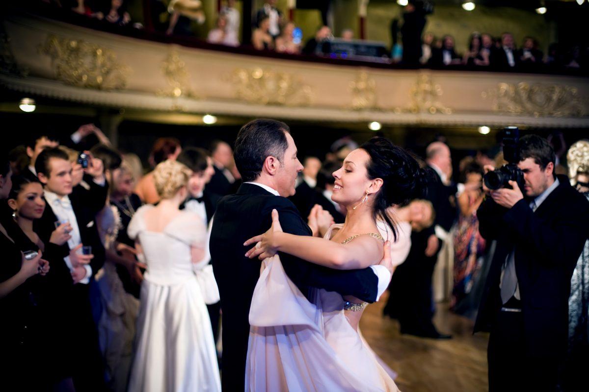 Opernball: Gleichgeschlechtliches Paar erstmals bei Eröffnungstanz