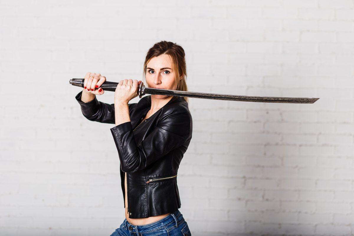 """Kritik an The Witcher: """"Keine Frau kann mit einem Schwert kämpfen"""""""