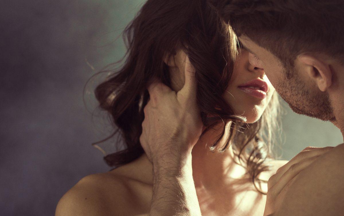 """Eclipsing"": Das steckt hinter dem Dating-Trend"