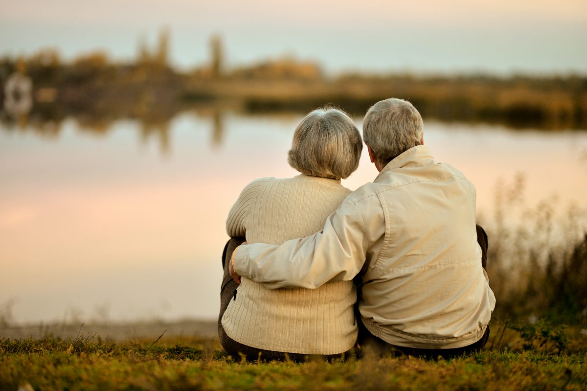 Dieses Paar stirbt nach 64 Jahren Ehe am selben Tag