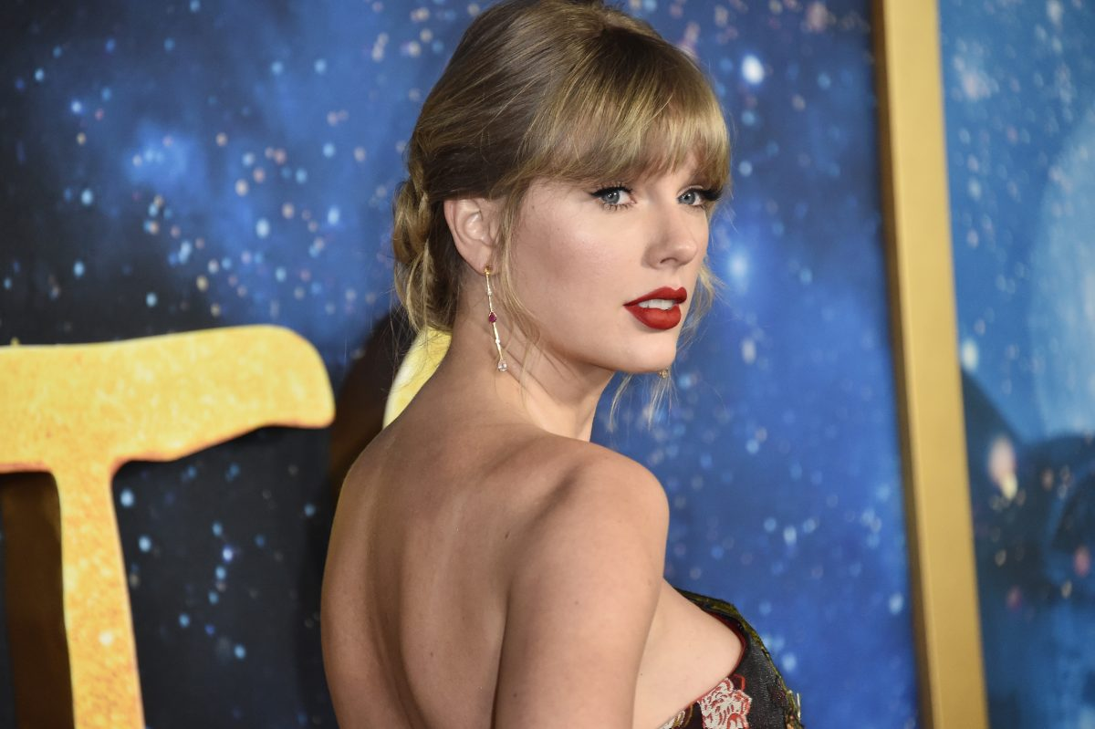 Ist Taylor Swift verlobt?
