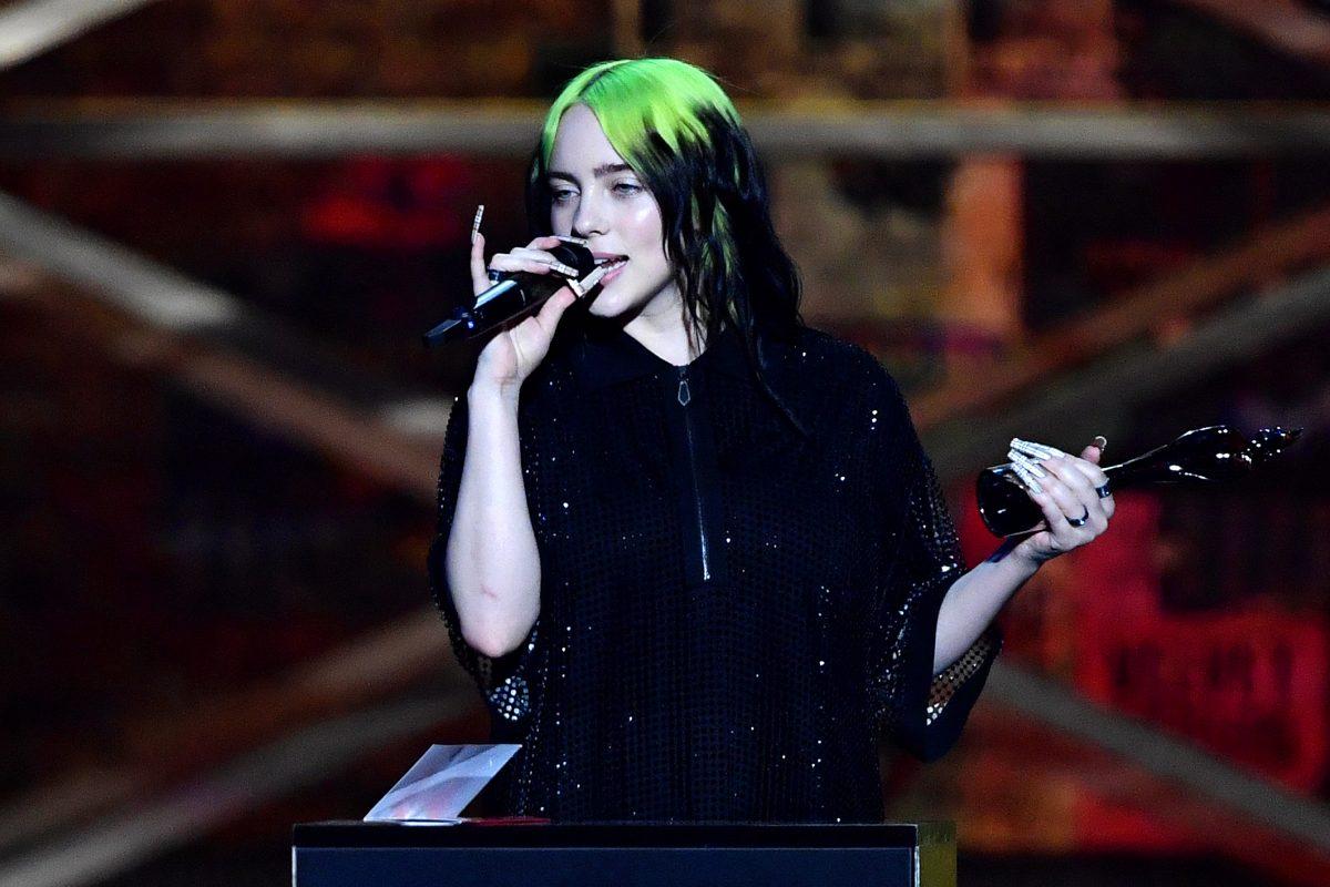 Billie Eilish bei Brit Awards zu Tränen gerührt: Auftritt & Auszeichnung