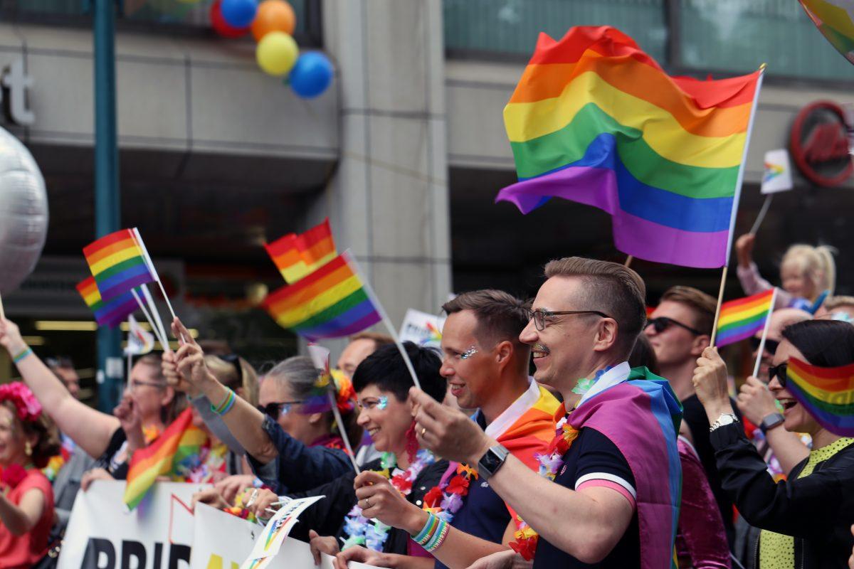 Schweiz verbietet Diskriminierung von Homosexuellen