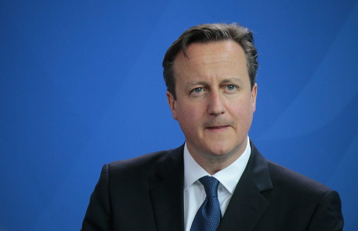 Pass von David Cameron und geladene Waffe auf Flugzeugtoilette gefunden