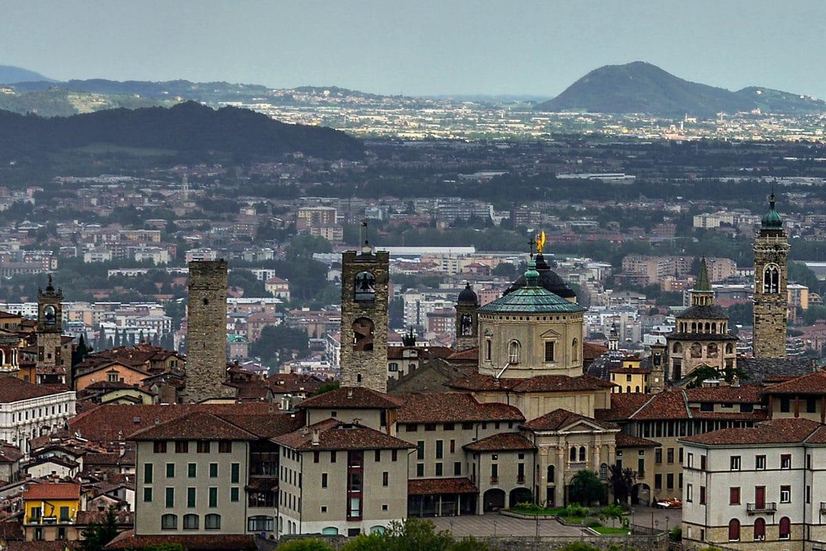"""Coronavirus – Bürgermeister von Bergamo warnt: """"Nutzt die Zeit, die ihr noch habt"""""""