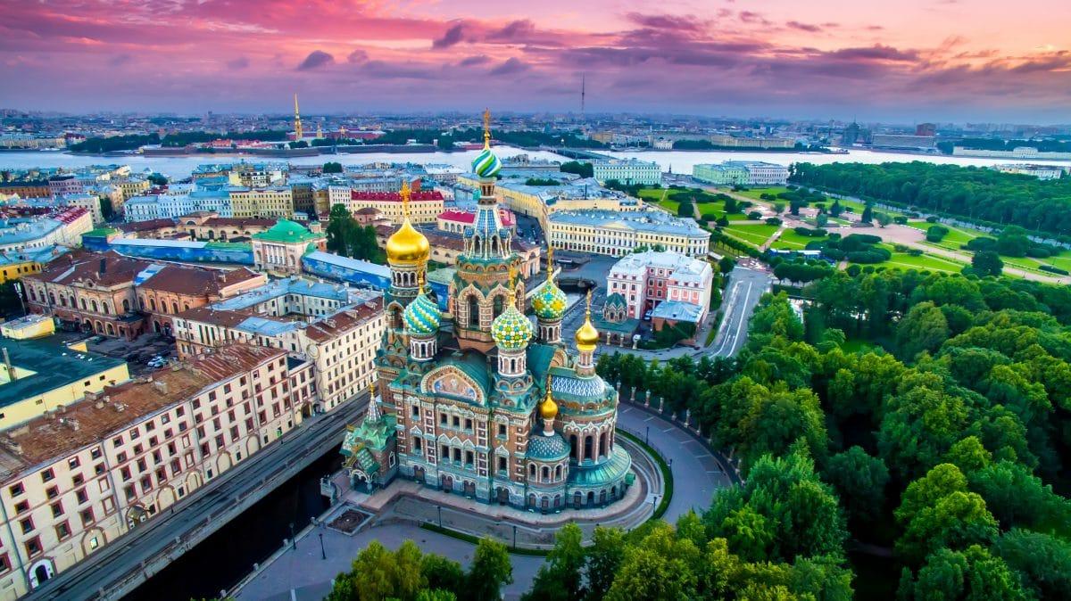 Coronavirus: Russland schließt Cafés und Restaurants
