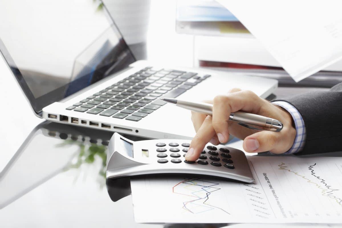 So kannst du deine Finanzen von zu Hause aus organisieren