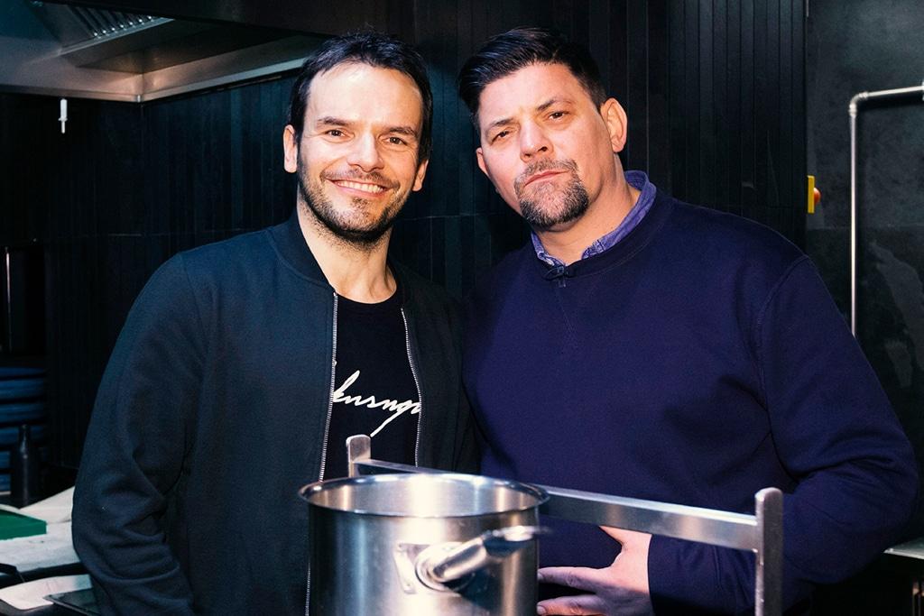 Kitchen Impossible: Tim Mälzer gegen Steffen Henssler