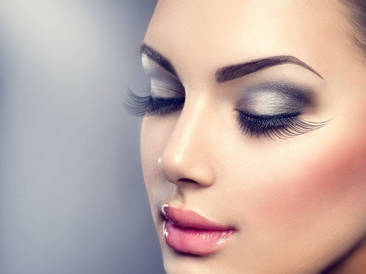 Monochromatic Make-Up: Der neue Beauty-Trend zum Kombinieren