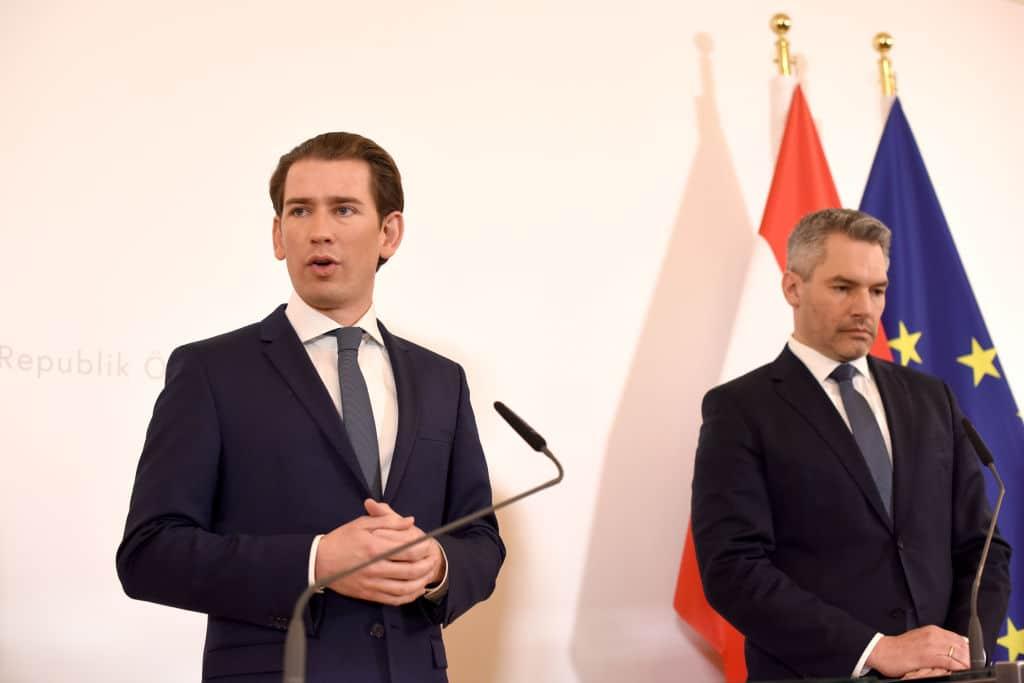 Sebastian Kurz: Schulschließungen bis deutlich nach Ostern möglich