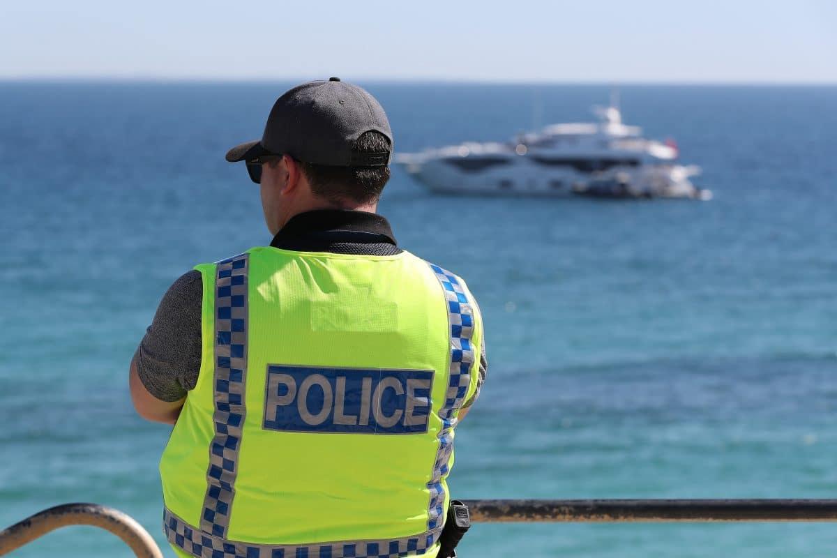 Australischer Politiker verstößt gegen Ausgangsbeschränkungen: Rücktritt
