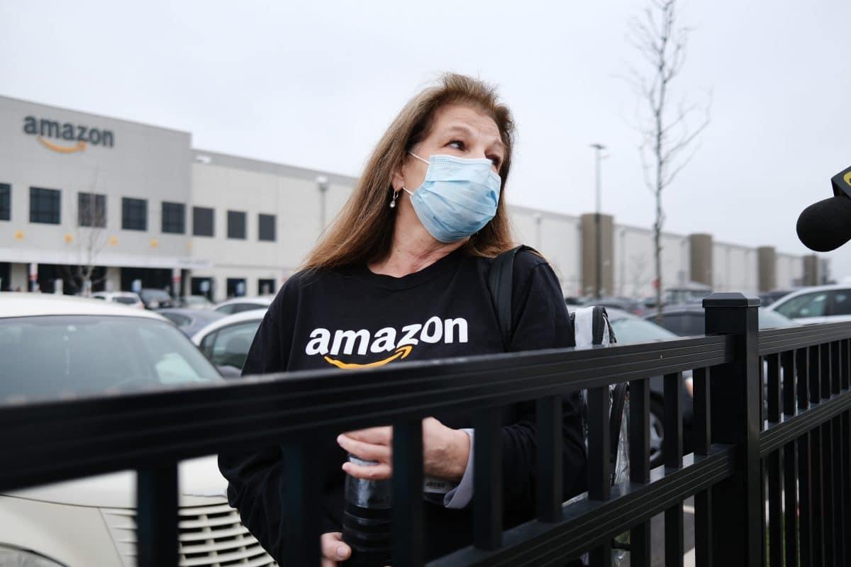 Amazon wird wegen schlechtem Umgang mit Mitarbeitern kritisiert