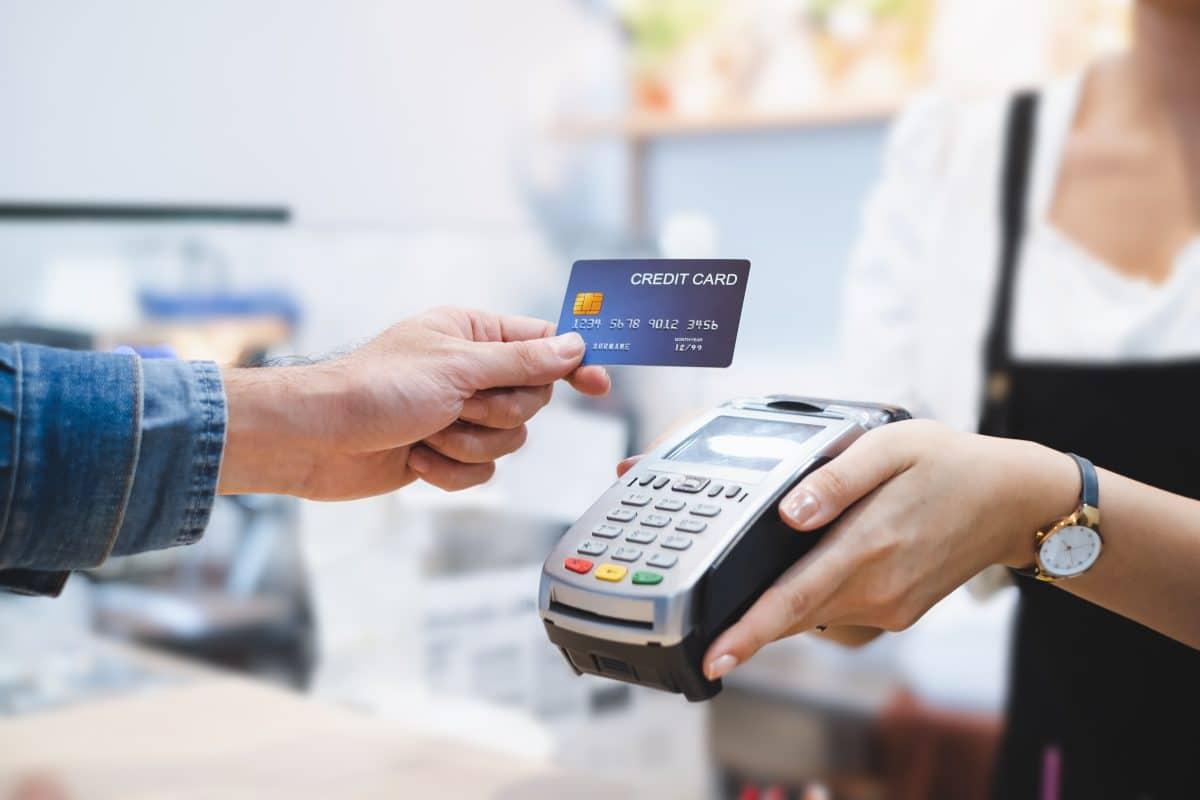 Kontaktlos-Limit bei Bankomatkarte auf 50 Euro erhöht