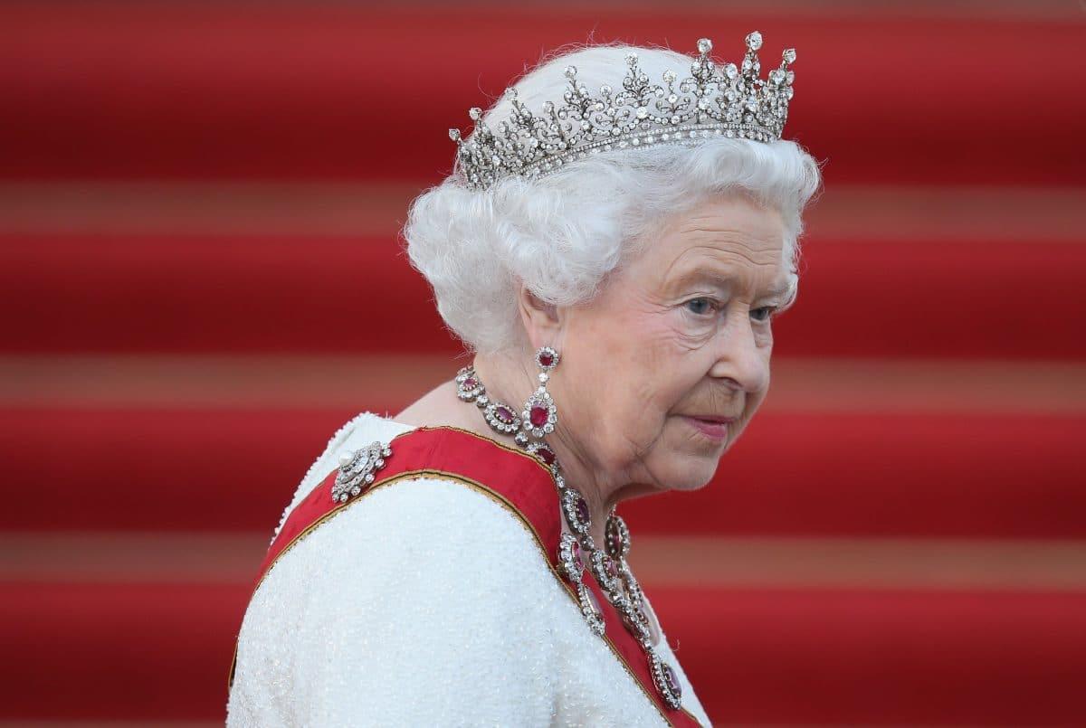 """Queen Elizabeth schickt Videobotschaft: """"Wir können das Virus besiegen"""""""