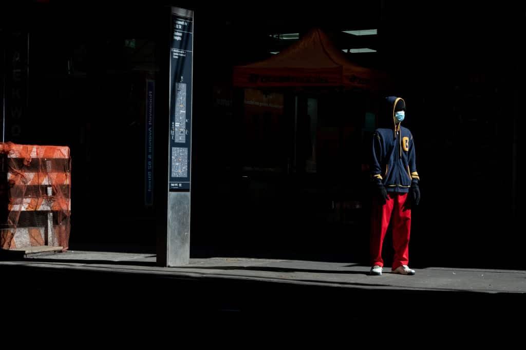 Harvard-Forscher: Social Distancing könnte bis 2022 notwendig sein