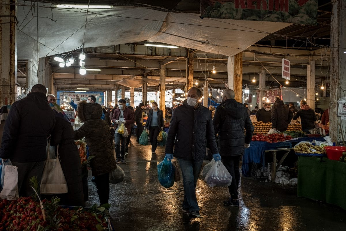 Türkei: Kurzfristiges Ausgangsverbot löste Panikkäufe und Chaos aus