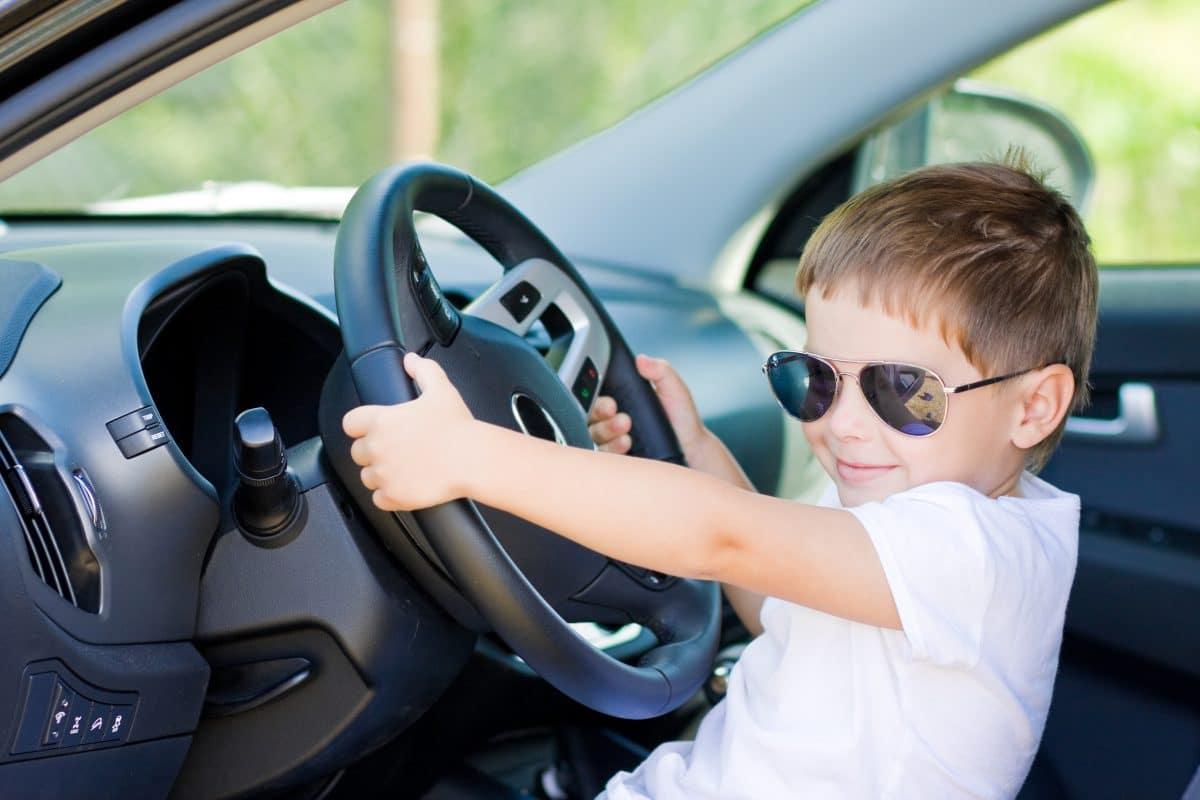 5-Jähriger fährt mit Auto seiner Eltern auf US-Highway