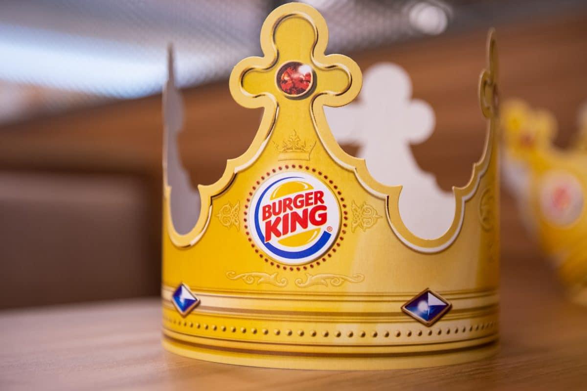 "Burger King präsentiert neue ""Social Distancing""-Kronen"