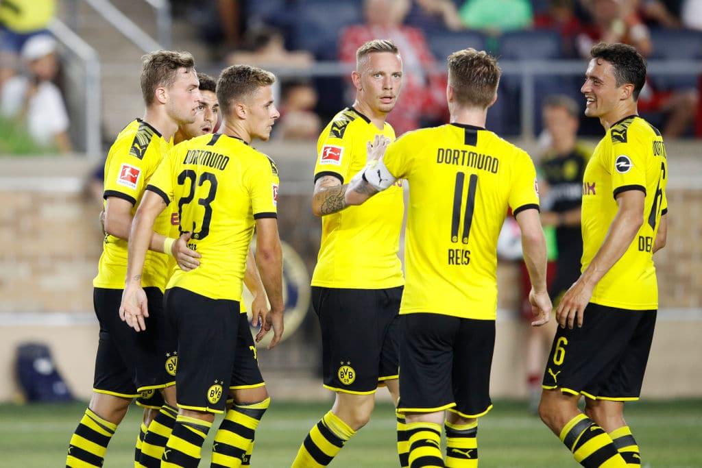 In Deutschland geht die Fußball-Saison weiter: Ab Mitte Mai gibt es Geisterspiele