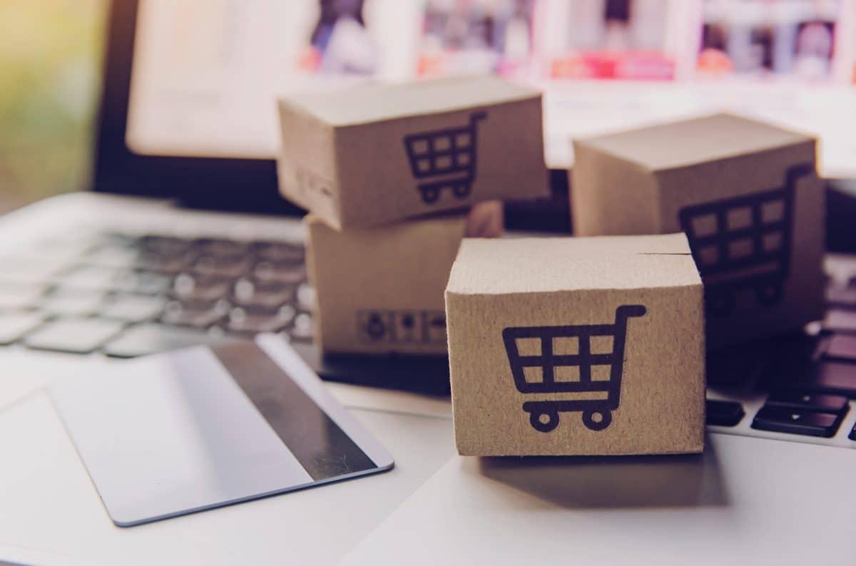 Sicher shoppen: Diese Unternehmen bieten Zusatz-Service während der  Coronakrise an