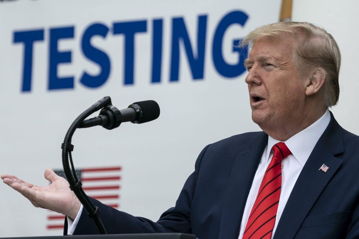 "Donald Trump bricht Pressekonferenz wegen  ""fieser"" Corona-Fragen ab"