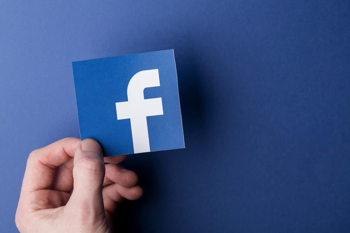 Facebook ermöglicht eigene Plattform für Online-Shops
