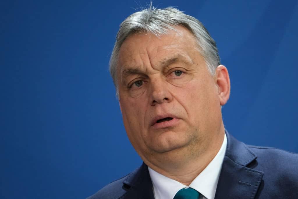 Ungarische Regierung hebt langsam Sondervollmachten von Orbán auf