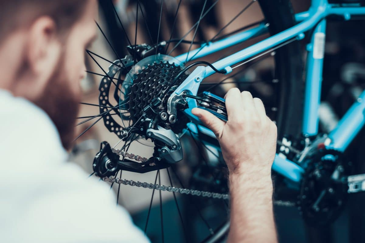 Bike Chair: Mann baut Tandem-Fahrrad für seine Alzheimer-kranke Frau