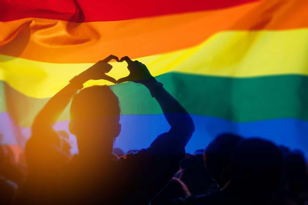 Diese Labels feiern die LGBTQI+ Community mit eigenen Kollektionen