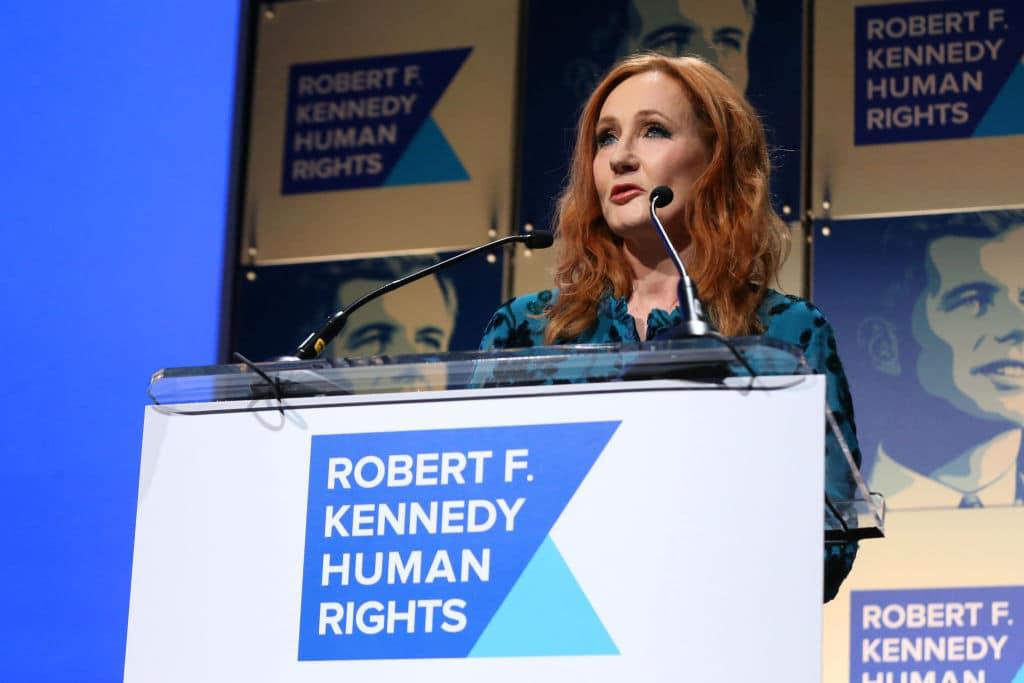J.K Rowling sorgt nach transphoben Aussagen auf Twitter erneut für Aufregeung