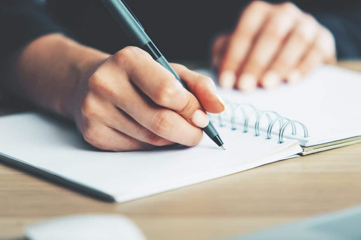 Künstliche Intelligenz soll Handschriften imitieren