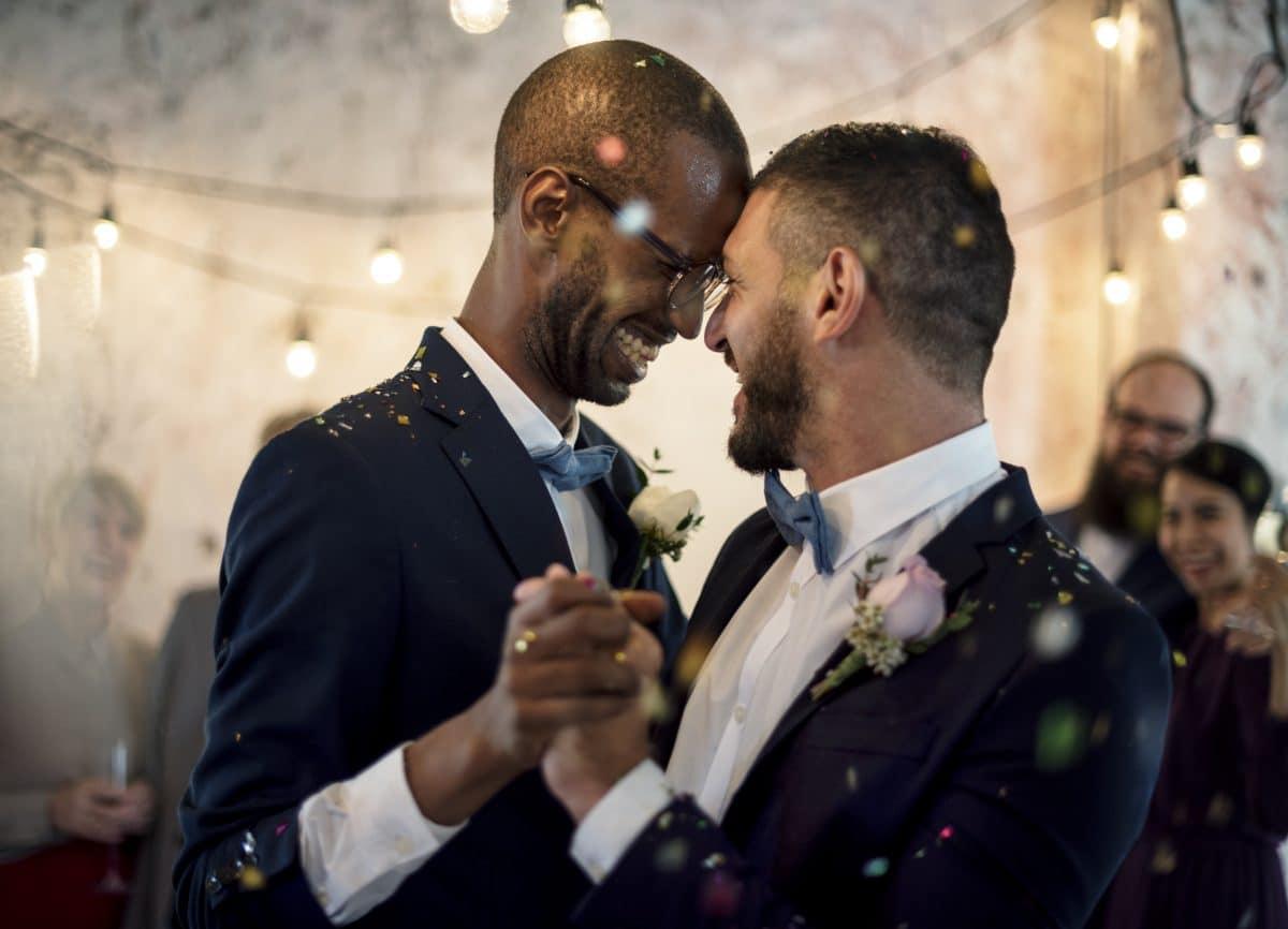 Schweizer Parlament erlaubt gleichgeschlechtliche Ehe