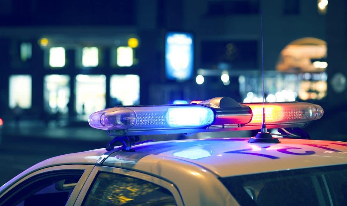 Randale und Plünderungen in Stuttgart: Hunderte Menschen stürmten Straßen