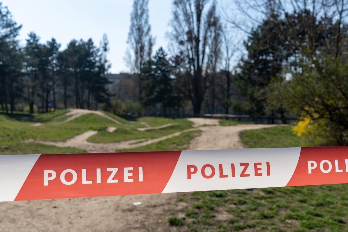 Totes Baby in Teich in Oberösterreich vermutlich ertrunken