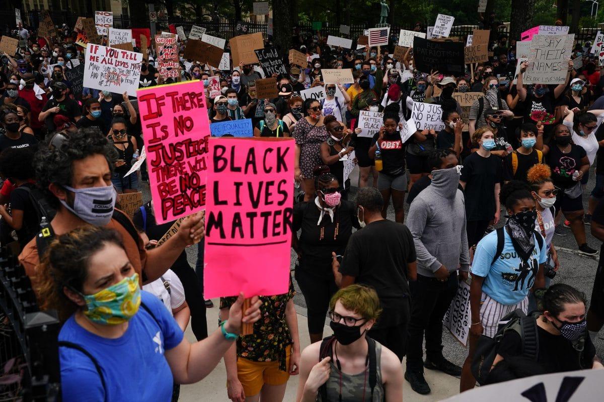 Erneut Afroamerikaner bei Polizeieinsatz in den USA getötet