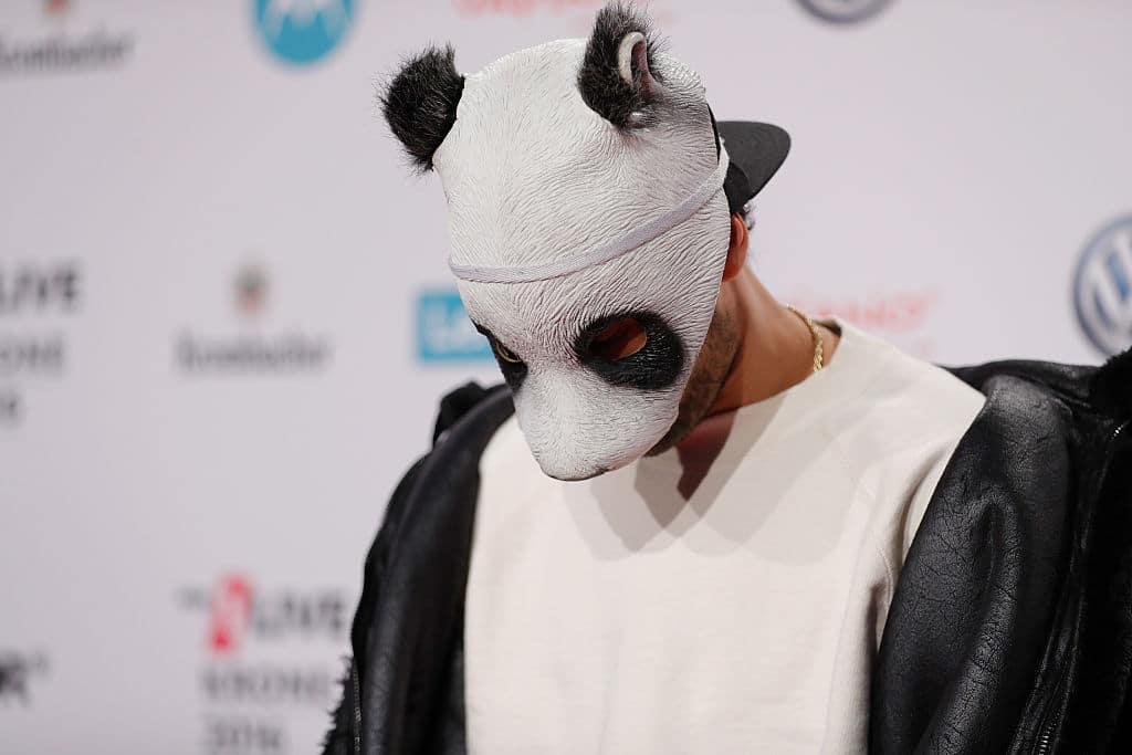 Cro beerdigt seine Pandamaske: Verabschiedet er sich von der Musik?