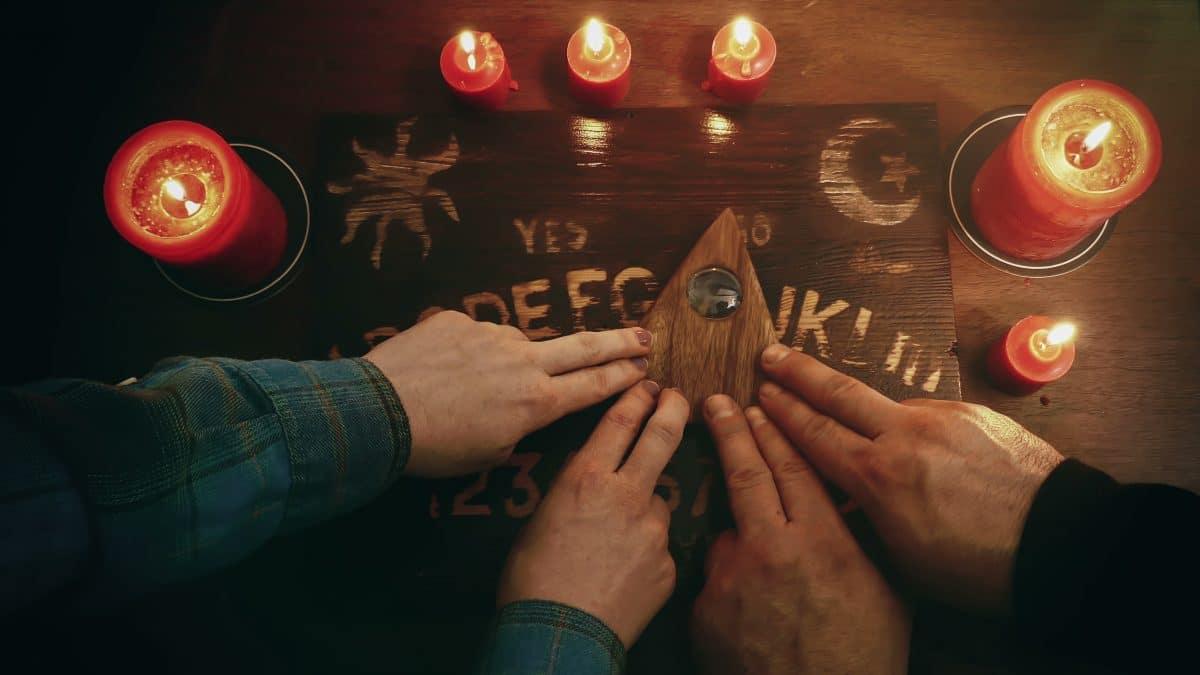 Diese 3 Sternzeichen können mit Geistern kommunizieren