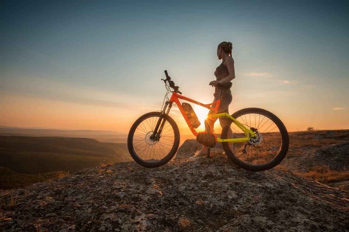 E-Bike-Werbung spielt auf Klimawandel an und wird in Frankreich verbannt