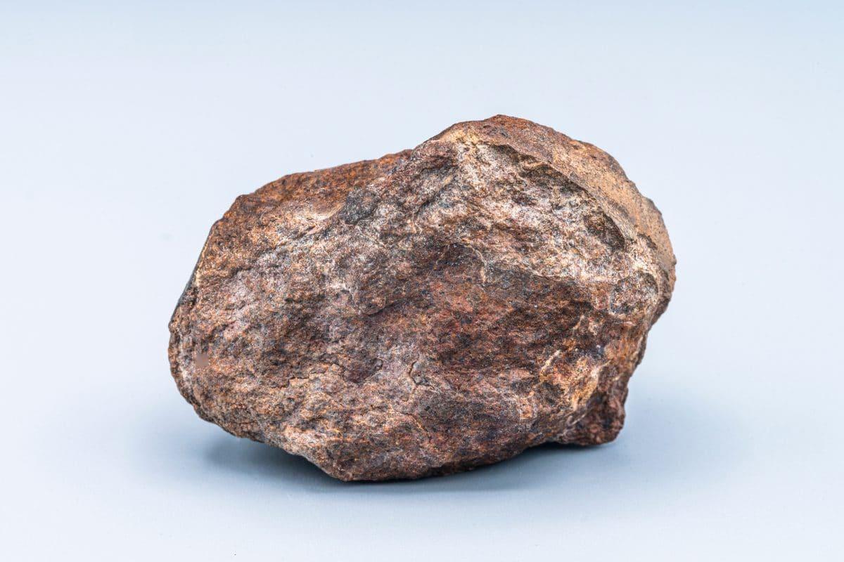 Größter Meteorit Deutschlands war jahrelang Deko in Garten