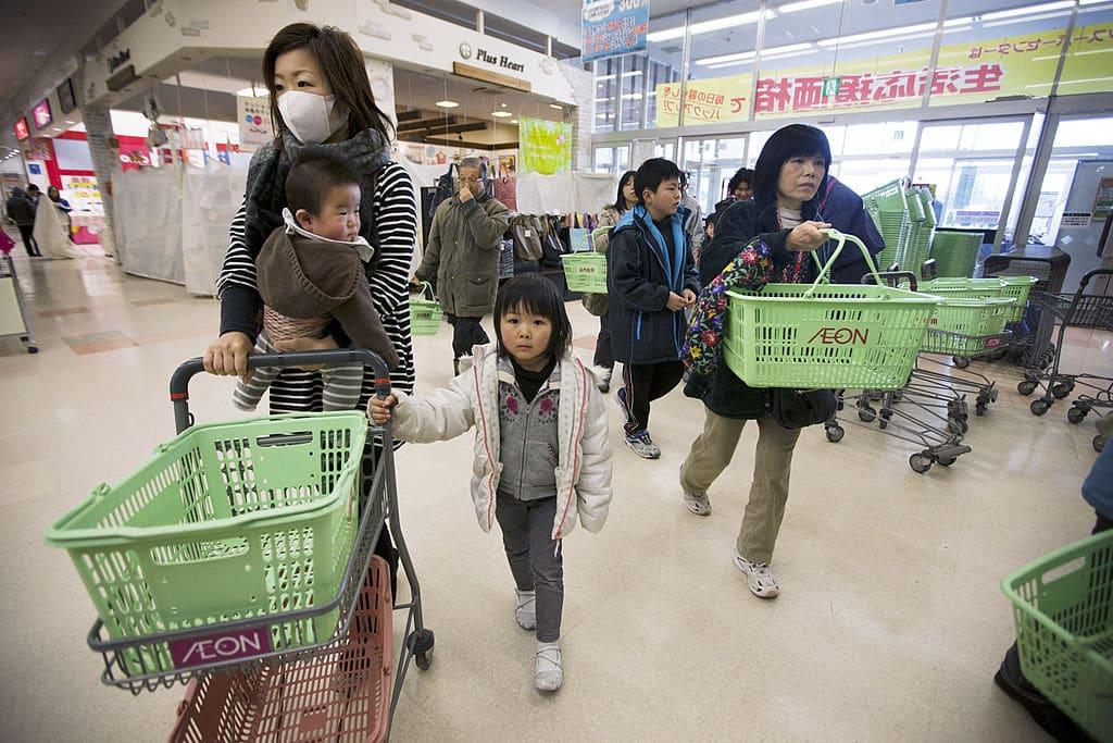 In Japan gibt es jetzt in Supermärkten langsame Kassen für Senioren